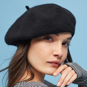 Accessories - Felt Beret Hat - Black
